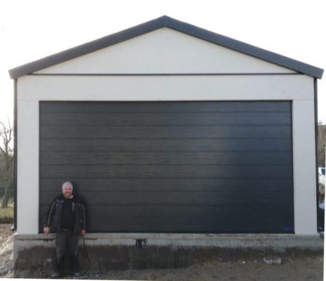 Montovaná garáž se sedlovou střechou
