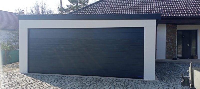 Montovaná garáž s pultovou střechou