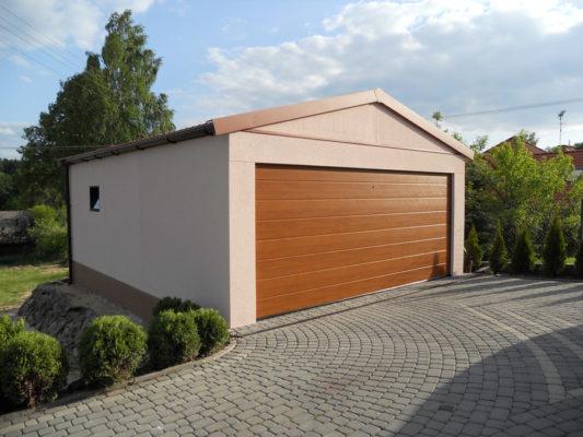Klasická garáž
